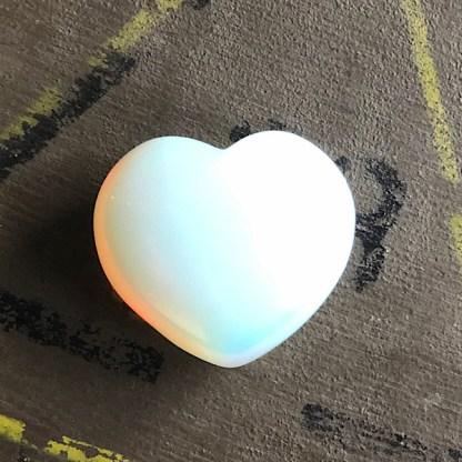 opaliet opaline gepolijst hartje opaal mineralen