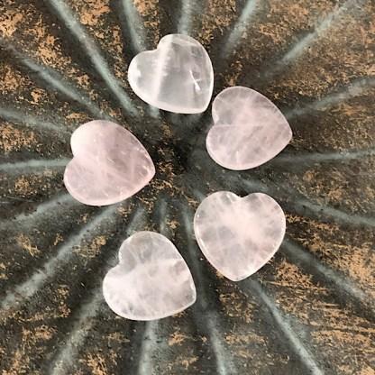 rozekwarts hartjes klein mineralen rozenkwarts