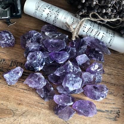amethist ruw brokjes mineralen