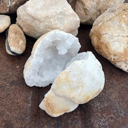 geode ruw bergkristal m nr2 mineralen kristallen
