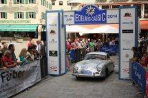 """Niederberger Sepp und Heidrun auf Porsche 356 """"Knickscheibe"""" BJ 1954"""