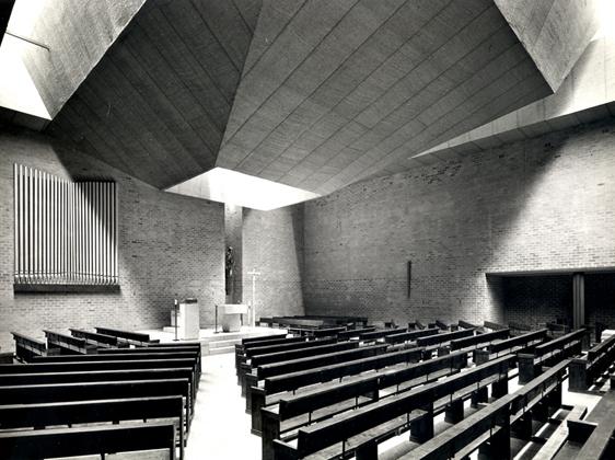 Arquitectura religiosa de vanguardia en espa a for Ediciones asimetricas