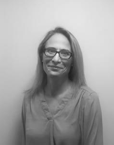Janina Barnett Headshot