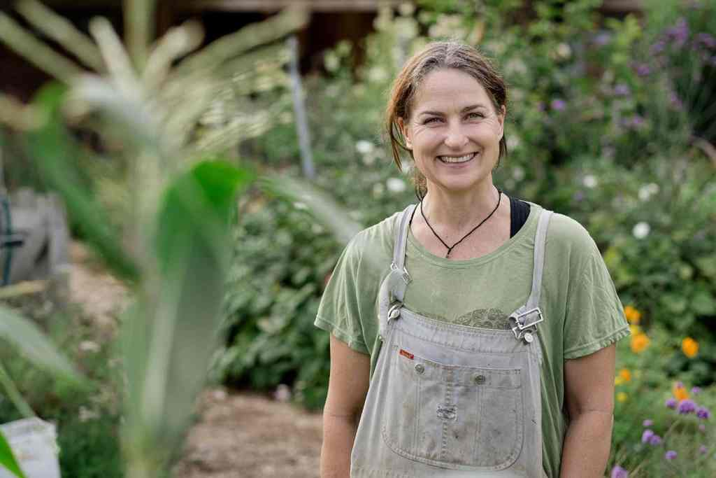 Kath Irvine's Edible Backyard NZ Growing Food Gardeners