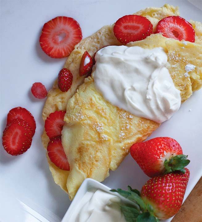 Stsrawberry Omelet