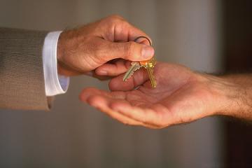 Inmobiliarias y gimnasios, las empresas que menos responden a reclamos de clientes