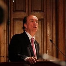 """Larroulet: """"No es descartable venta de activos del Estado para financiar proyectos de Educación"""""""
