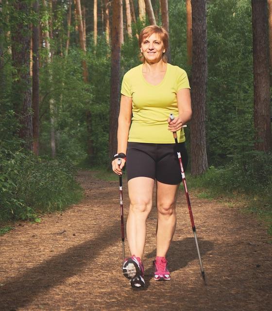 Beneficios de la marcha nórdica para el cuerpo…
