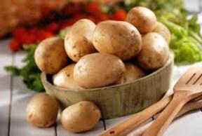 In cucina. Le patate sostituirono le castagna nella dieta mediterranea