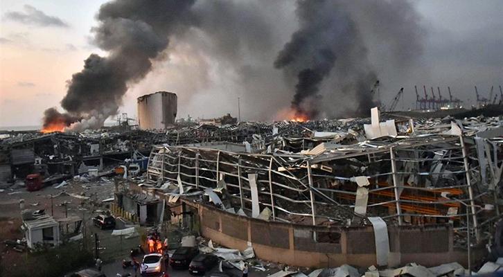 Il Libano nel caos dopo l'esplosione al porto di Beirut