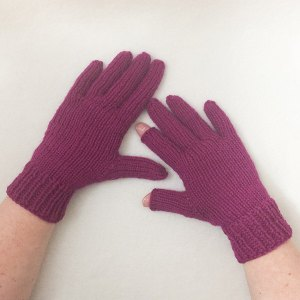No-Gauge Custom-Fitted Gloves Knit