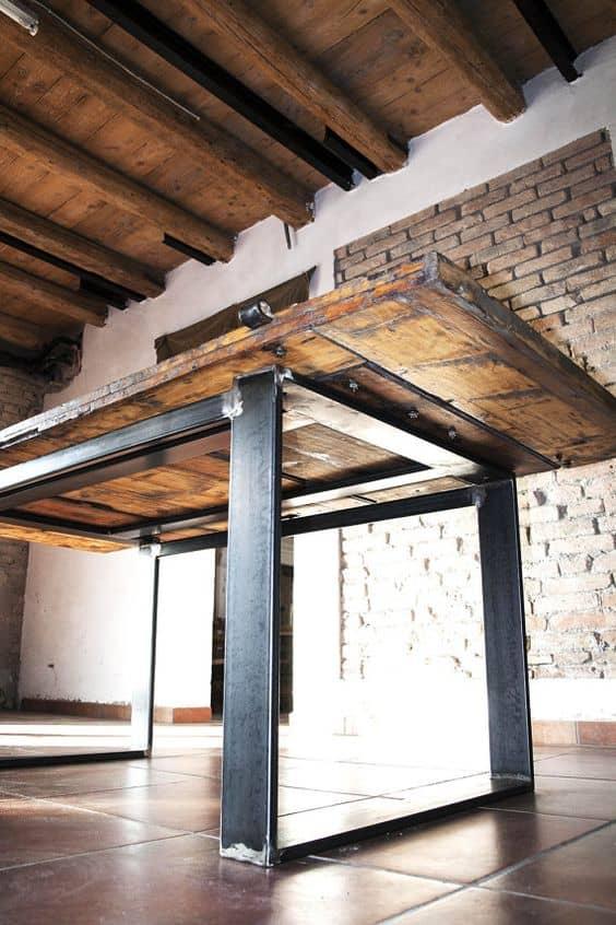 Arredamento rustico moderno legno e ferro
