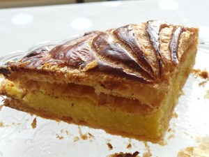 Flaky puff pastry and smooth frangipane. The best of the Galette!
