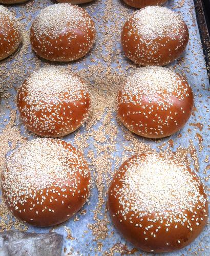 Sesame burger buns made with brioche dough