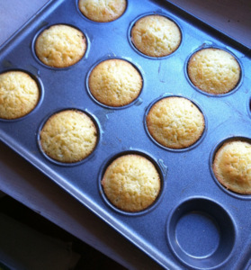 Simple fairy cakes flavoured with coconut and lime