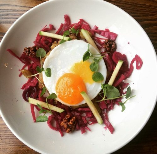 Duck hash cake with pickled red cabbage