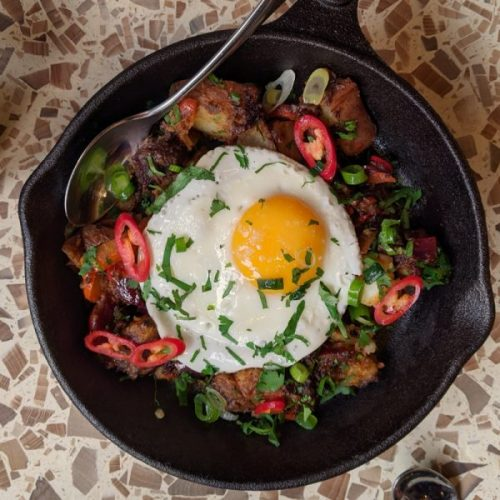 Black pudding, potatoes, egg and chillies. What absolute brunch perfection.