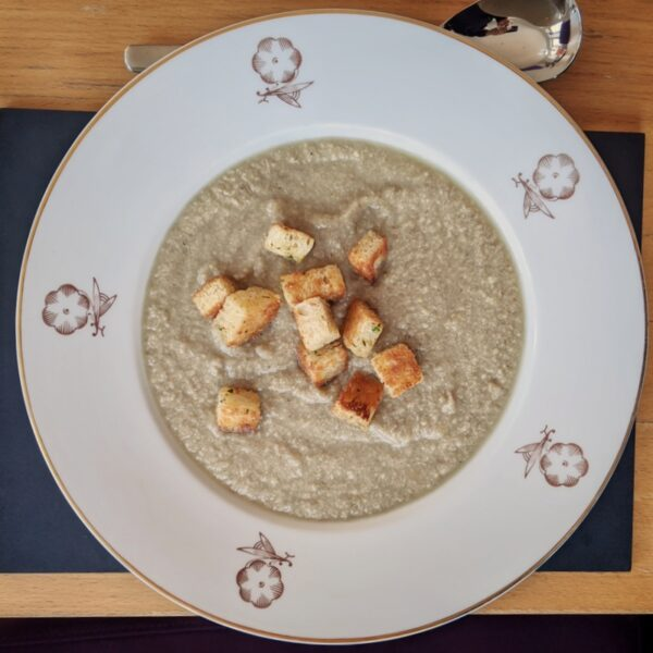 Mushroom and tarragon soup with croutons from La Garrigue, served in my living room.