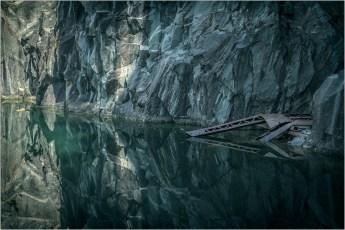 1-Hodge close quarry
