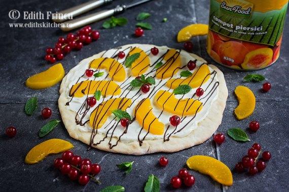 pizza-dulce-cu-piersici-3