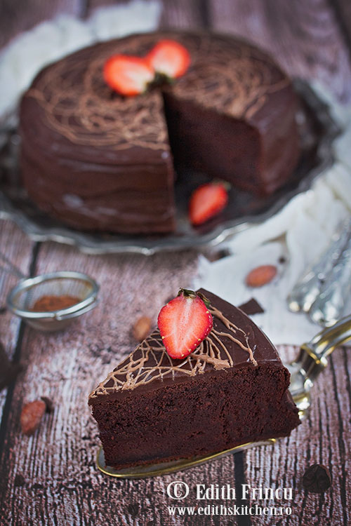 tort-de-cicolata-si-glazura-1