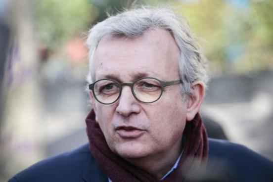 """""""Merci Monseigneur"""" ironise Pierre Laurent sur le soutien de Mélenchon à des candidats communistes"""