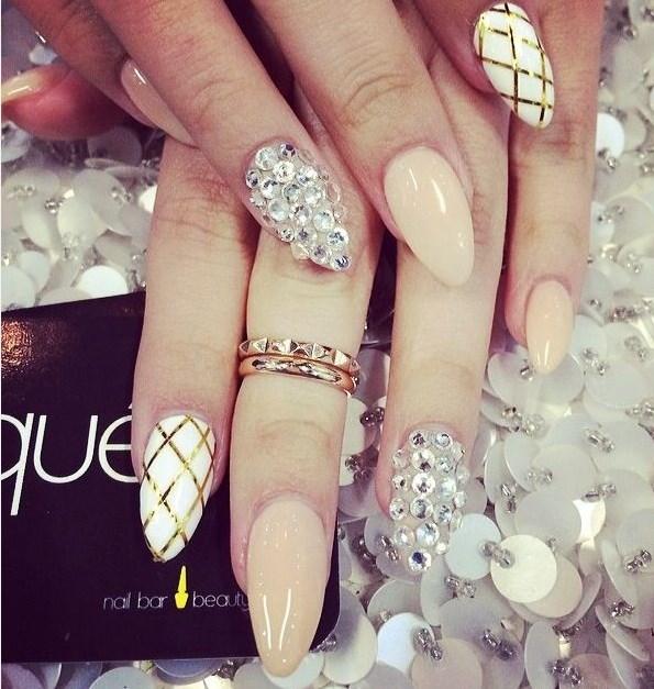 swag stiletto nails