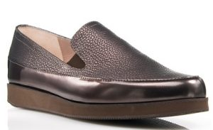 metalliko-xroma-gunaikeia-loafers