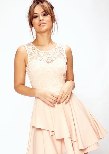 77205efa21ae 30 Οικονομικά φορέματα για κάθε περίσταση που πρέπει να δεις ...