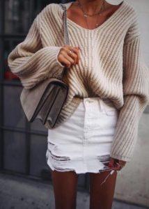 oversized pullover me aspri fousta
