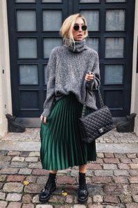 πλισέ πράσινη φούστα αρβυλάκι