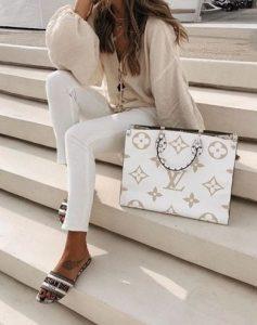 άσπρη επώνυμη τσάντα