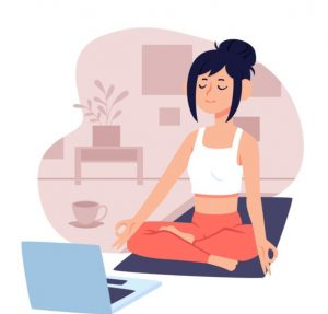 κοπέλα που κάνει μάθημα γιόγκα στο διαδίκτυο