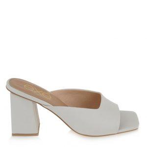 ιδιαίτερα παπούτσια