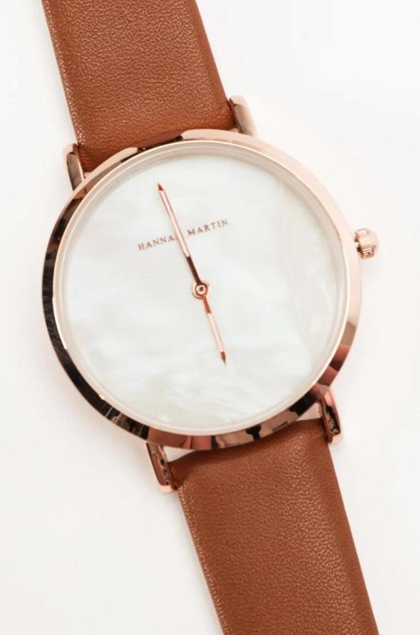 γυναικείο ρολόι με δερμάτινο λουράκι