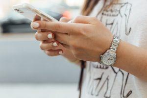 στείλε μήνυμα