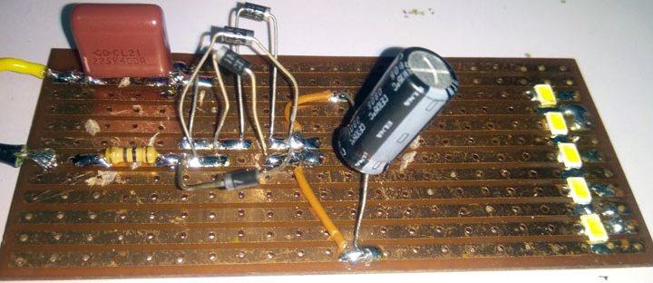 Circuito driver LED 230 V CA per alimentare luce LED da 2,5 Watt