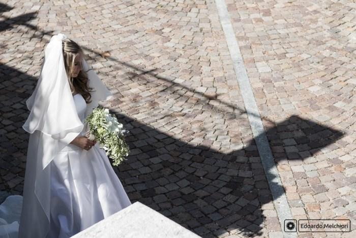 fotografo matrimoni torino sposa ingresso chiesa