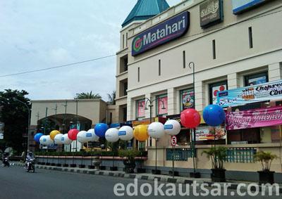 Balon Iklan 3 Samping Galeria Mall
