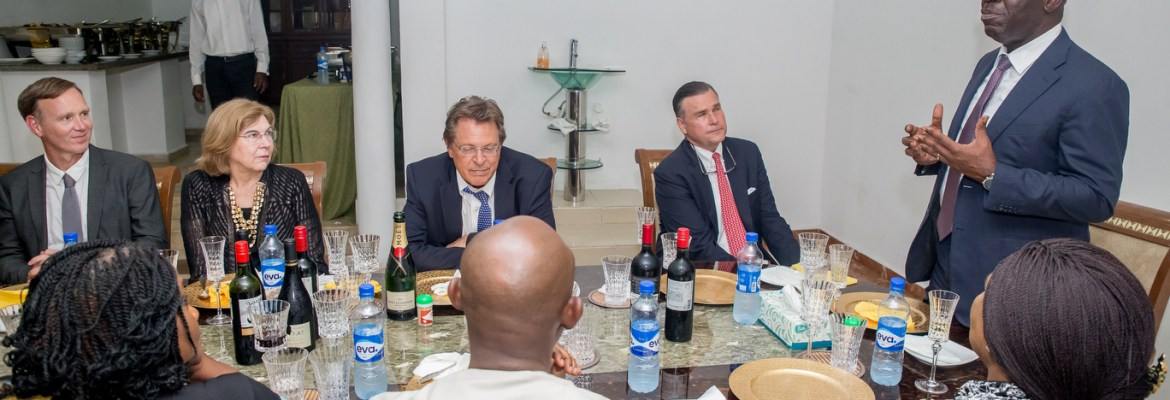 Governor Godwin Obaseki of Edo State (Standing), addressing the United States Ambassador to Nigeria, Mr Stuart Symington (on his immediate right) and other members of the delegation and Edo State government officials during a dinner hosted by the governor at the  Government House in Benin City, on Thursday, September 28, 2017