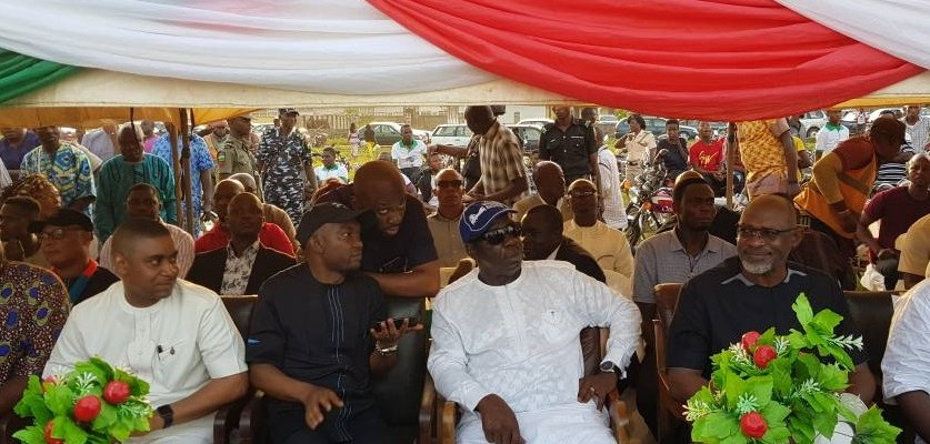 L-R: The Commissioner for Wealth Creation, Cooperatives and Employment, Hon. Emmanuel Usoh; Chief of Staff to the Governor, Taiwo Akerele; Governor Godwin Obaseki of Edo State and the Edo State Chairman, All Progressives Congress (APC), Mr. Anslem Ojezua in Uromi, Esan North-East Local Government Area, during the thank you tour of local government areas in Edo Central Senatorial District on Saturday.
