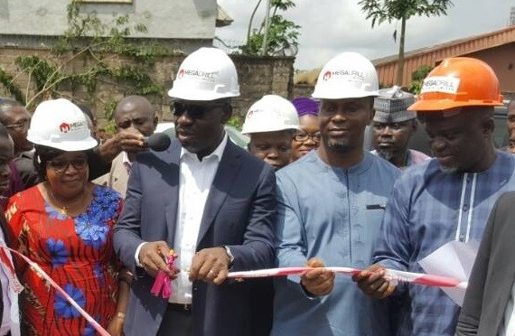R-L: Governor Godwin Obaseki of Edo State; Deputy Governor, Edo State, Rt. Hon. Philip Shaibu and Secretary to the State Government (SSG), Edo State, Osarodion Ogie Esq. during the on-going state-wide thank you tour at Fugar, Etsako Central LGA, at the weekend.