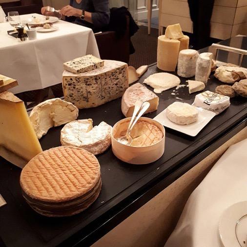 plateau fromages diner à la mère brazier mathieu viannay lyon