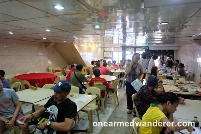 Golden Crown restaurant valenzuela
