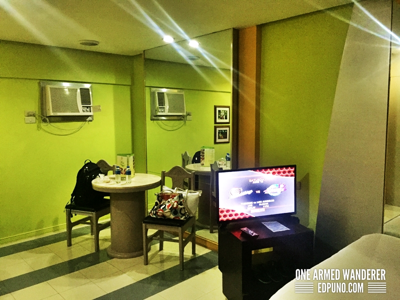 Orchids Hotel Pasig, Garage Room Review - One Armed Wanderer