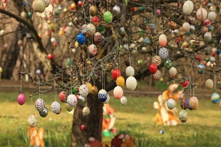easter eggs tree germany