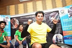 Shakil Ahmed sets world record in indoor rowing