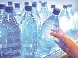 Food Ministry to Ban Single-use Plastic Bottles