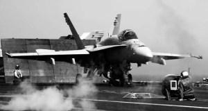 Avión de combate de EE.UU. preparándose para atacar objetivos de ISIS en Siria. (Foto de cortesía)