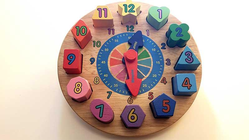 horas-reloj-infantil-juguetes-tradicionales